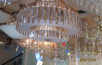 Lắp Đặt toàn bộ hệ thống đèn chùm đèn trang trí cho Khách Sạn Legend Holtel
