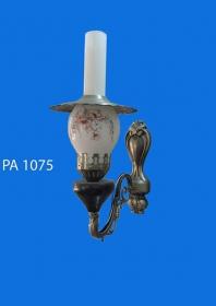 Đèn tường ô dầu 1075